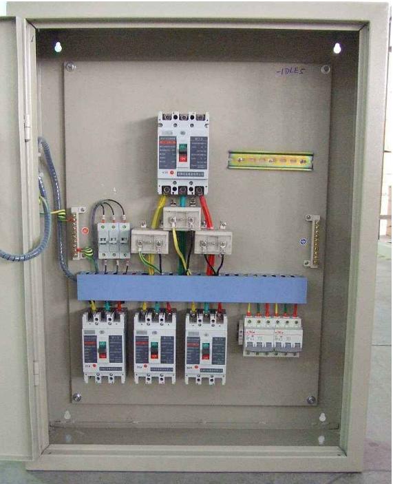配电柜跟电流互感器图